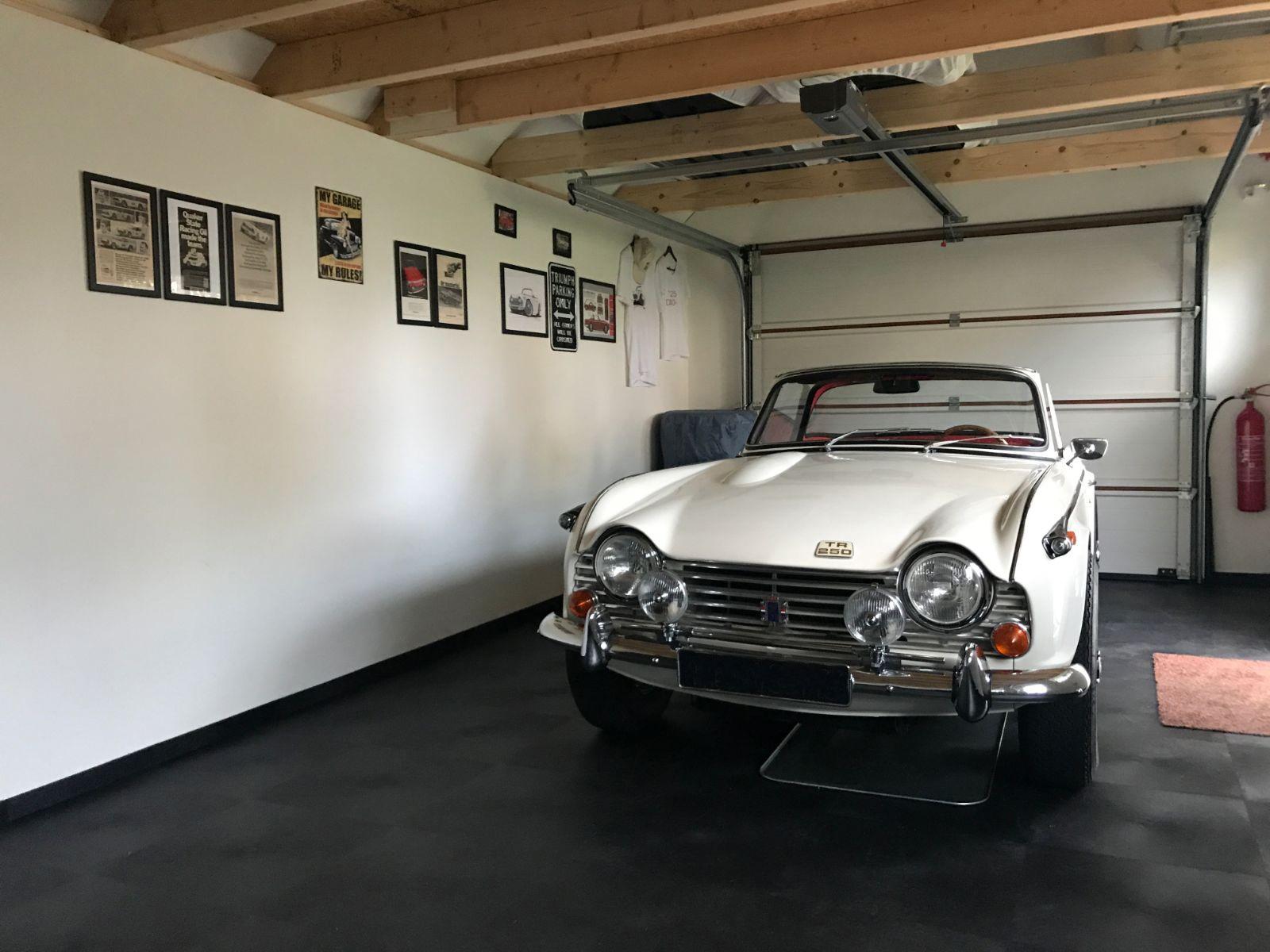 Garagevloeren-pvc-kliktegels